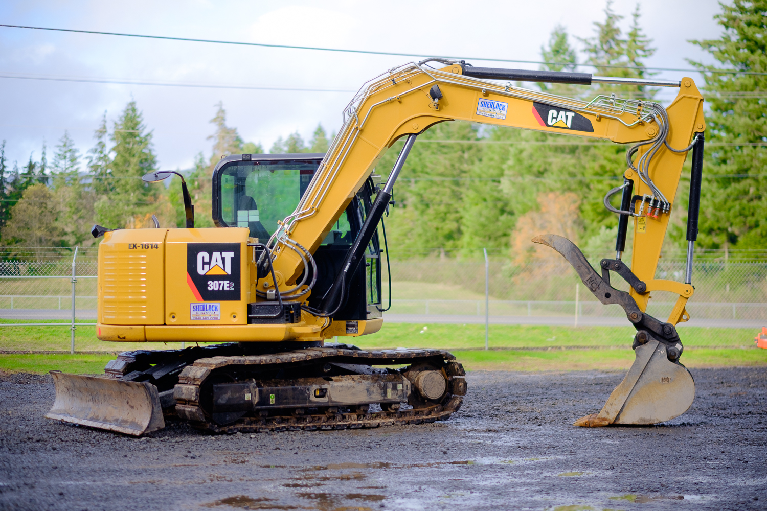 cat 307 e2 excavator 17 000 lbs class sherlock equipment. Black Bedroom Furniture Sets. Home Design Ideas